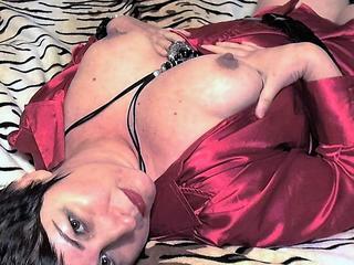 Lady Sofia - Sex mit viel Fantasie ! Reiten, Sauna, Schwimmen, FKK, spatzieren in der Natur. Kochen und schön Essen gehen. - Bin die LadySofia, 50 Jahre, mit viel Lust, Erotik, Niveau, dazu heißes Kopfkino und Fantasien.....  Männer, die wissen was Sie wollen, sind bei mir richtig !  Hast Du außergewöhnliche Toys, Spielzeug.....oder auch Damendessous, Höschen, Strumpfhose, Nylons....dann komm in mein Live-Chat und zeige Sie mir C2C, bin sehr neugierig.  Ich freue mich auf Dich, Kuss LadySofia