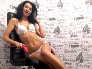 MissKassandra - Travelling, listening to music, cooking, dancing, enjoy my life - I am a beautiful, clever sexy girl with diffrent secrets for you. I know what you want here and I can give you this pleasure