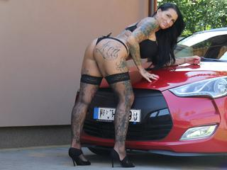 TessaWatson69 - Horse Riding, Drifting, racing - Hello guys, i love to be here, come and lets have some fun with me! :)