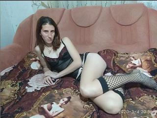 wolfxsnow - I enjoy black jack and texas holdem. - I am a very shy and sexy lady who wants to get a little nasty