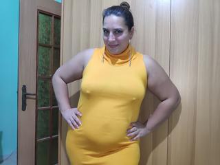 Niter - Sexy bbw mit kleinen Titten und großem runden Arsch wartet auf dich.