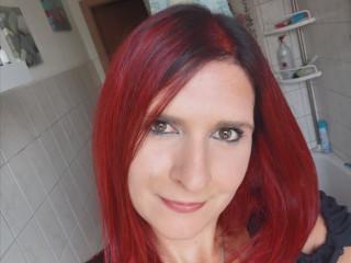 Hi, ich bin Sandy und bin sehr offen, neugierig und freue mich sehr deine Fantasie mit dir ausleben zu dürfen :=)