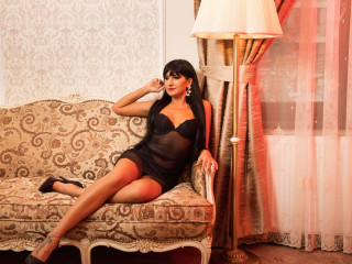 jasmijn - I am a slender brunette, always looking to find my true love. I am passionate - and I always give  100% of myself. I enjoy sex and webcam chat - maybe you would like to join me?