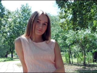 GretaR - I like to take pictures, fashion, modeling - beautiful, smart will be glad to see you in my room. We will spend an unforgettable time. Let`s get together ?!