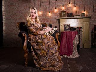 In meiner Show werden Sie viel Freude und Spaß bekommen! Wer kann einer so tollen Blondine schon widerstehen??