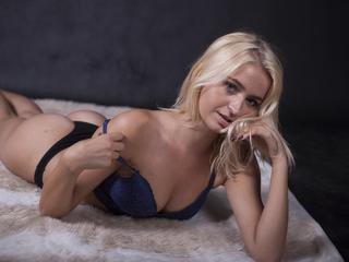 I`m a sweet nice little gal, love to have fun, love to take on several roles, enjoy big laughs and enjoying myself, i adore the thrill of new sexual experience. I love slow foreplay and intimate moments