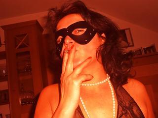 LadysexHotpussy - Shoppen, tanzen, Musik, Sex und Sport.