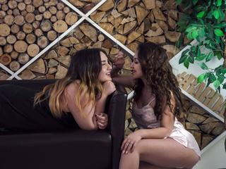 BlackLionessess - Fun and sexual games.