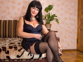 Karamella - I am woman with open mind and hot fantacy. Let me show you what I got from mother nature. Are you ready to play ?