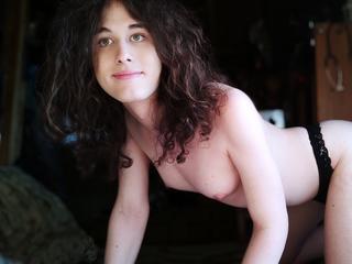 CsinibabaFanni1 - Hallo Leute, ich bin Fanni, ein sehr sinnliches und heißes Transmädchen. Ich liebe es, diese Welt und meinen Körper zu entdecken.