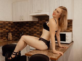 Sarah90 - Hallo ich bin die Sarah und ich hab Lust auf ein wenig was neues. Lebensfroh, ehrlich und eine Genießerin sind Eigenschaften die mich ausmachen. Ich lasse nicht wirklich was anbrennen, außer in der Küche hin und wieder ;). Ich versuche mein Leben in vollen Zügen zu Leben, wenn ich auf etwas bzw. wenLust habe dann gönne ich mir den Spaß, solange es in meiner Macht steht und mir möglich ist. Wie gesagt, das Leben ist zu kurz auf Verzichte. Hast du Lust? Steht es in deiner Macht? Dann nicht lange nachdenken! Einfach los, rein in den Spaß! ;)