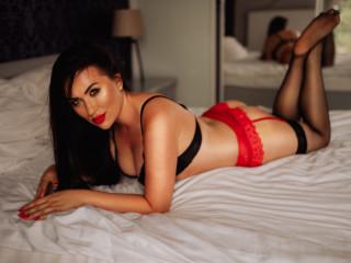 LaraSweetXX, Hi , hier Lara , ich bin ein heisses Girl  und suche  spass am Erotik , ich zeige gerne meine Figur und  schaue yu wenn du mit mir spielst.Also lass uns geil spielen