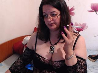 sweetmature, I am an open minded woman  always horny and ready for play and for new friends!!!